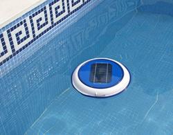 Clorotron, el primer filtro para limpiar las piscinas con energía solar