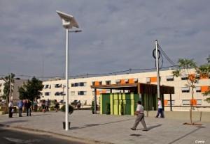 Ayuntamiento de Alicante instala una novedosa farola solar con tecnología LED