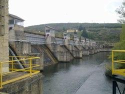 Dinalan actualiza el control de la central hidroeléctrica de Selga de Ordás, en León
