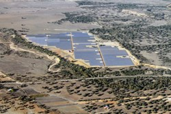 Elecnor inaugura el parque solar fotovoltaico de Valdecaballeros