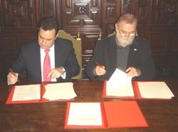 El ayuntamiento de Sevilla y Philips firman un convenio para impulsar la eficiencia energética