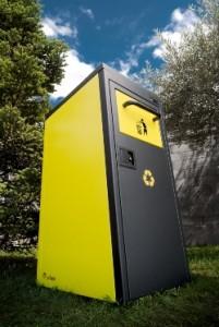 Sun Nest presenta SNCompact, la nueva generación de papeleras solares inteligentes.