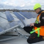 Parques Solares de Navarra lleva la energía solar a la Universidad