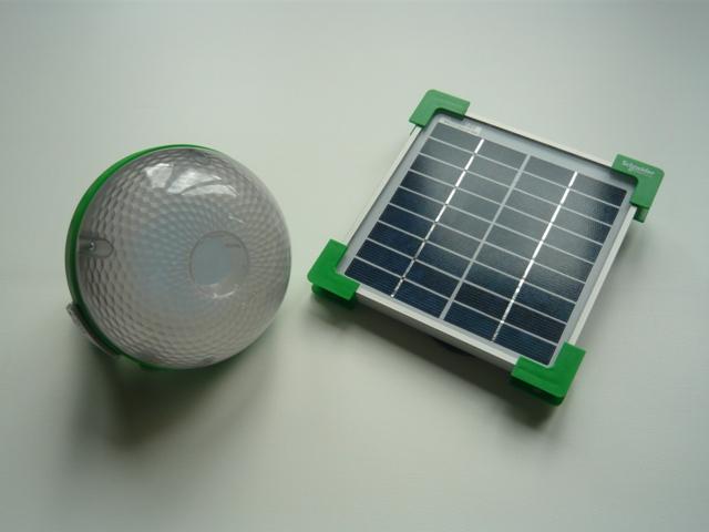 Schneider Electric presenta el kit de iluminación Mobiya para zonas sin acceso a la energía