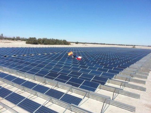 Inversionistas españoles crean la instalación fotovoltaica más grande de Chile