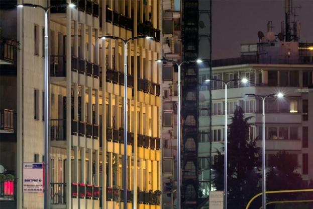 En Milán ya se han instalado miles de luminarias de AEC