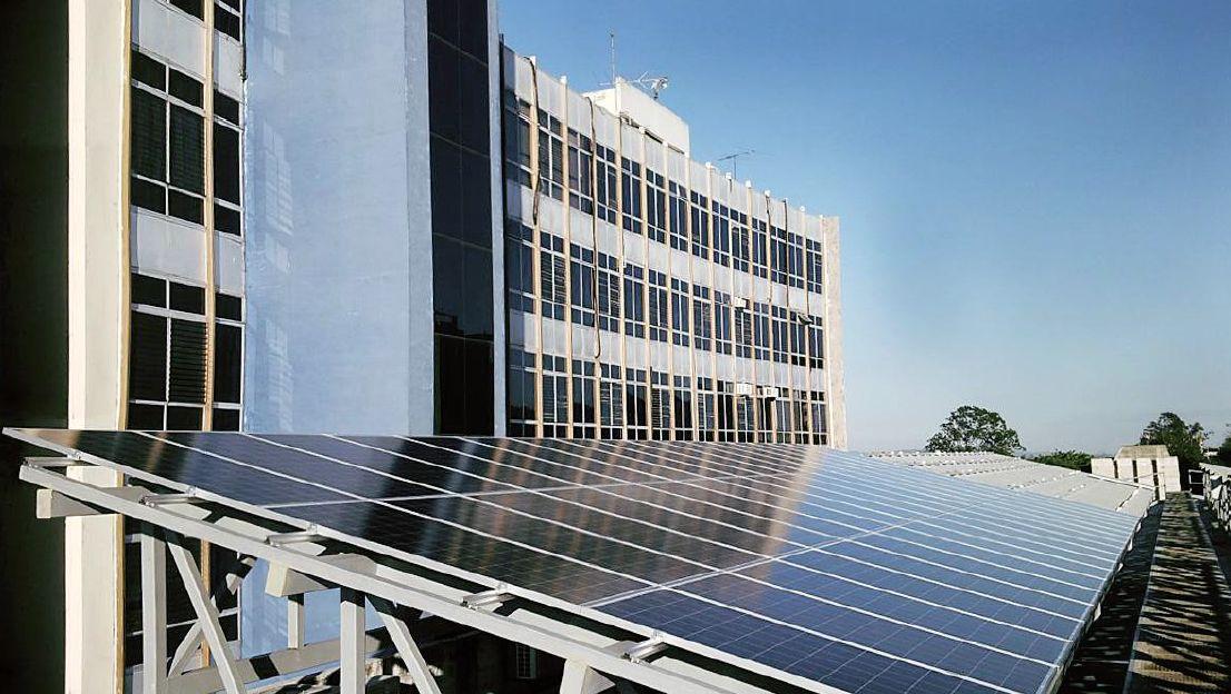 ENNERA entrega la planta fotovoltaica de la Asamblea Legislativa de El Salvador