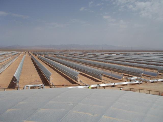 Isover suministra el aislamiento para la planta solar más grande del mundo