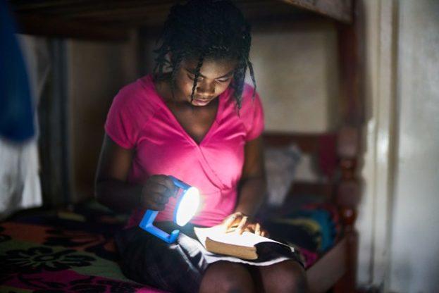 Más Luz Natural para África