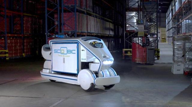 Scoobic, vehículo eléctrico para el reparto en núcleos urbanos y que limpia las ciudades