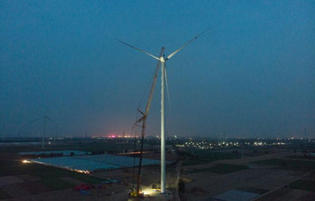 XCMG establece un nuevo récord mundial con una XCA1600 que instala la hélice a mayor altura en una granja eólica