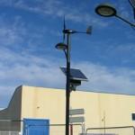 Presentada la nueva farola solar eólica, de alto rendimiento